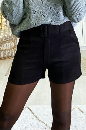 Zwarte suedette short met riem en zakjes