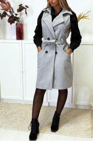Grijs mouwloos jack met dubbele rij knopen, zakken en riem