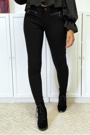 Black slim pants in strech with zip and pockets