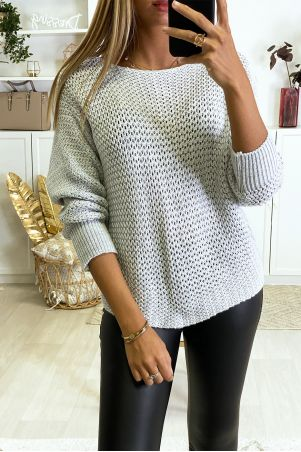 Gray chunky knit sweater with bat cut