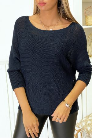 Navy knit boat neck sweater and bat sleeve. 16300