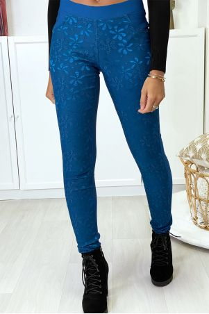 Slim blue strech pants with lace at the front