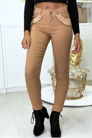 Pantalon slim camel en strech avec zip et suédine à l'avant