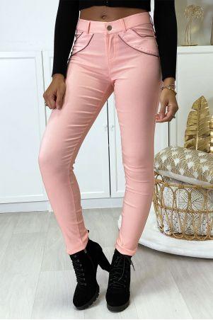 Pantalon slim rose en strech avec zip et suédine à l'avant