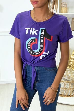 Tee shirt en coton violet avec noeud et écriture TIKTOK