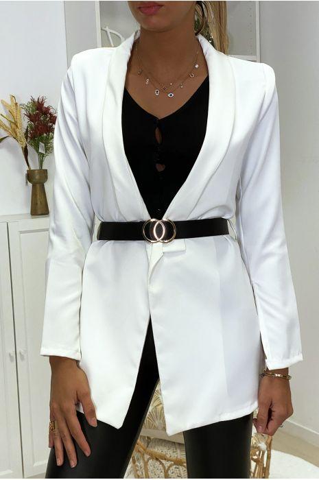 Veste blazer blanche ouvert aux manches avec ceinture