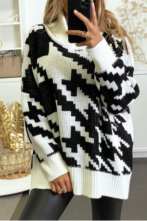 Large oversized white turtleneck sweater with gingham pattern