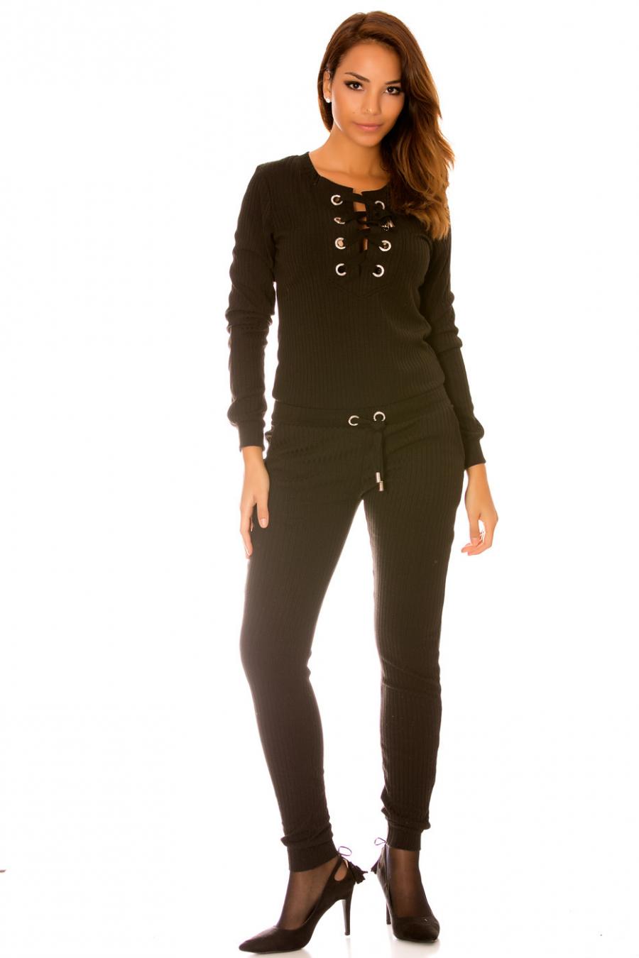 Combinaison fashion en maille noir avec lacet au col rond. Combinaison femme wj7136
