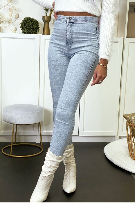 Lichtblauwe jeans jegging met achterzakken