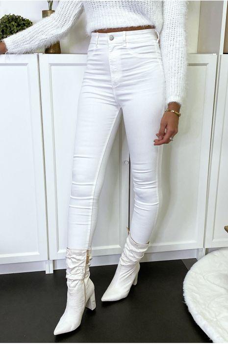 Pantalon jeans slim blanc avec poches arrières