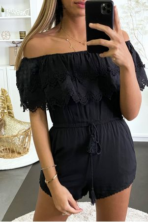 Black short jumpsuit with ruffle and lace at the bust