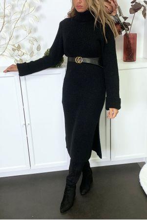 Lange dikke zwarte sweaterjurk met split verkocht zonder riem