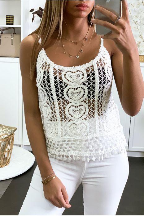 Débardeur blanc en crochet blanc avec joli motif coeur