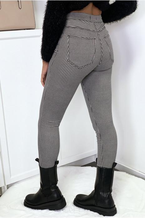 Jeggings noir et blanc à carreaux avec poches arrières