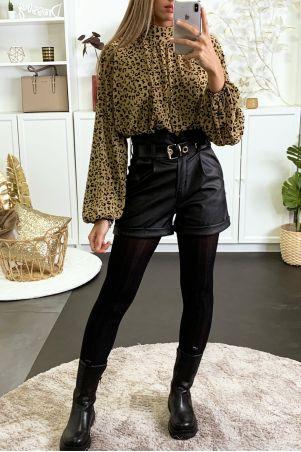 Camelkleurige blouse met luipaardprint gevoerd met elastiek in de taille