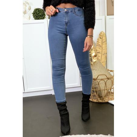 Jeans slim bleu avec poches arrière