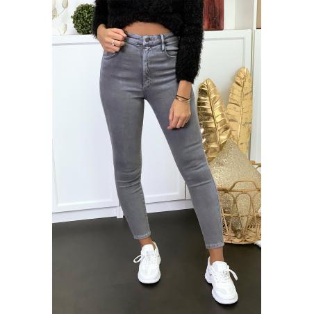 Jeans gris en taille haute très extensible avec poches