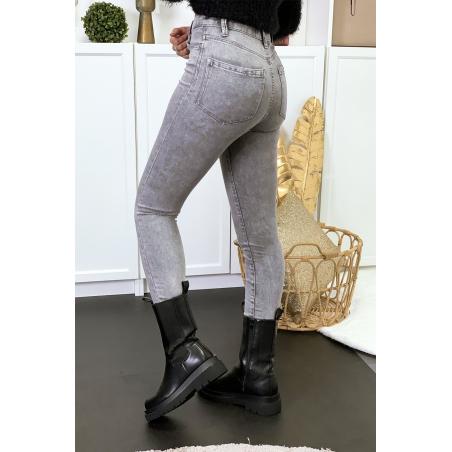 Jeans gris en taille haute extensible avec poches