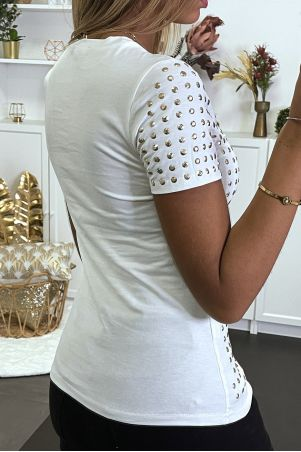 White t-shirt with rhinestones