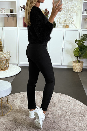 black straight jeans with back pockets