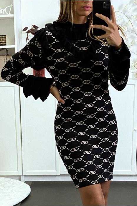 Robe pull noire à col haut et motif