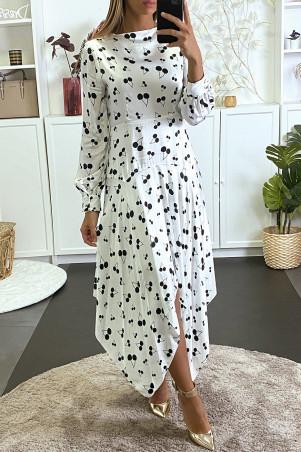 Robe longue blanche asymétrique à motif cerises
