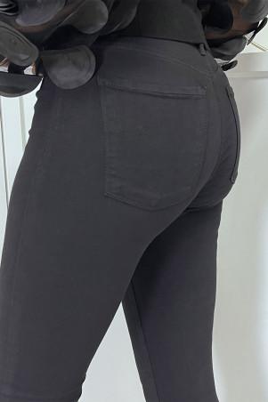 Jean slim noir taille haute avec poches arrières