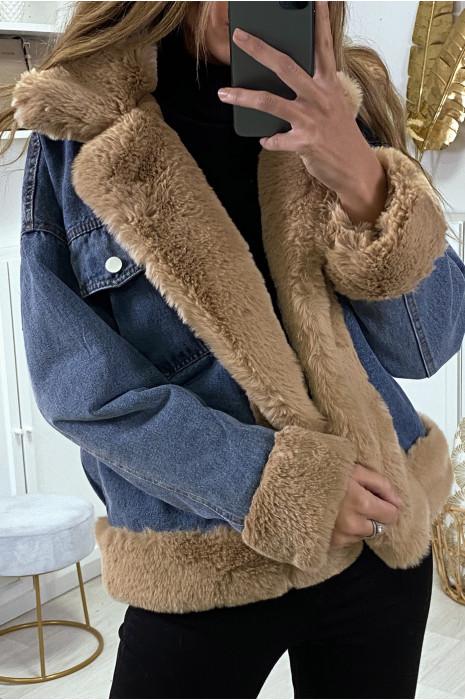 Veste en jean bleue à fausse fourrure camel