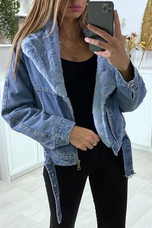 Veste en jean bleu avec col en fausse fourrure bleu