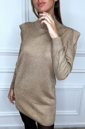 Robe pull dorée à col haut