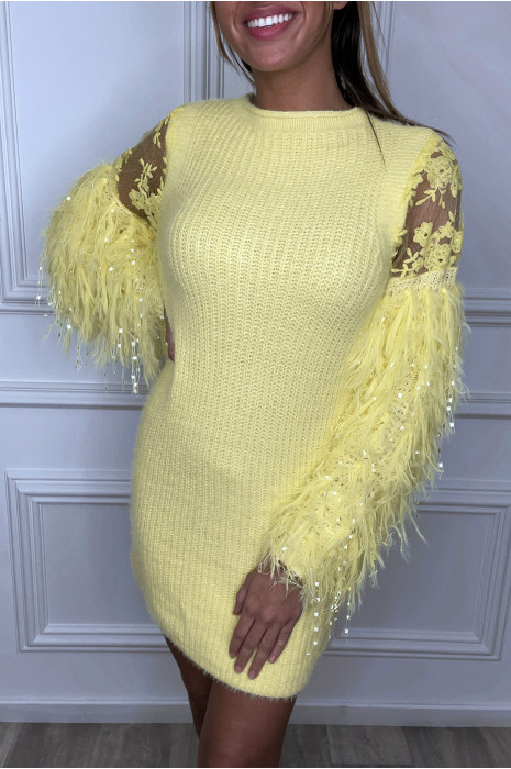 Robe pull jaune duveteux