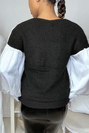 Pull noir satiné et froncé au buste et aux manches