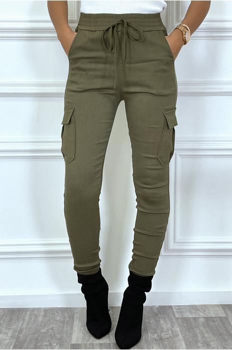Pantalon cargo Kaki avec poches sur les côtés