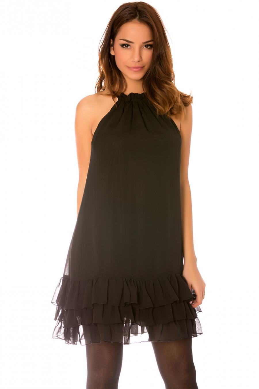 Robe noir sans manches, à fine bretelles avec bas ondulé et doublure. 925