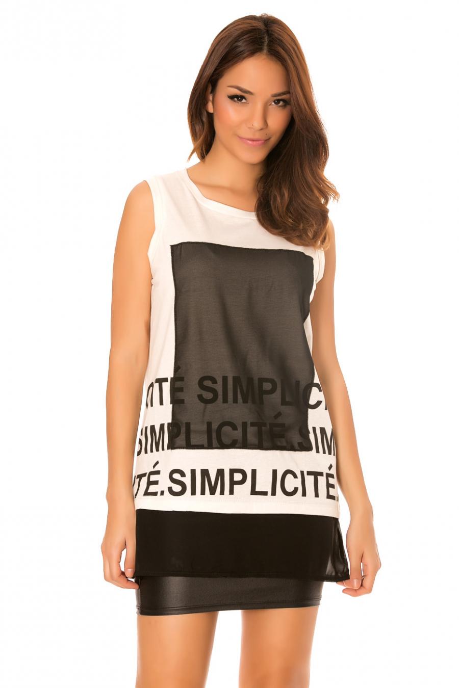 Top Blanc à col rond à motifs carré noire et écriture fashion. F2636