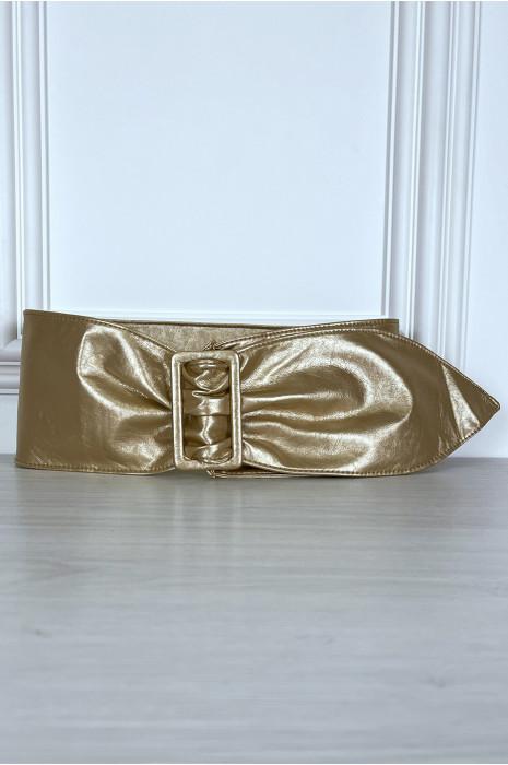 Ceinture dorée en similicuir avec boucle rectangle