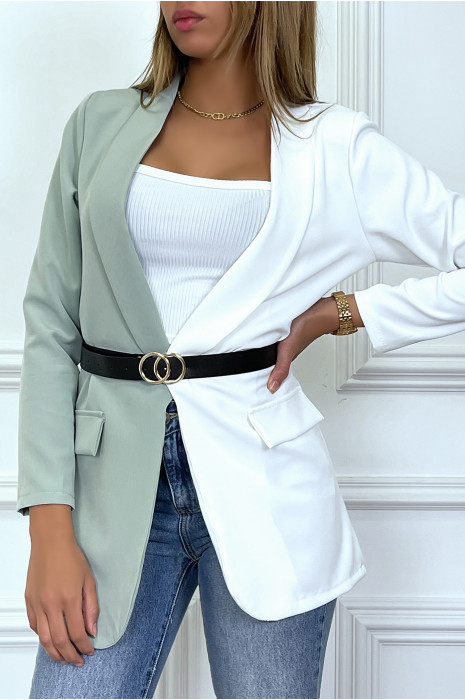 Blazer bi-color blanc et vert avec ceinture et col revers