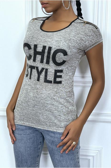 Tee-shirt gris avec details, en simili et écriture