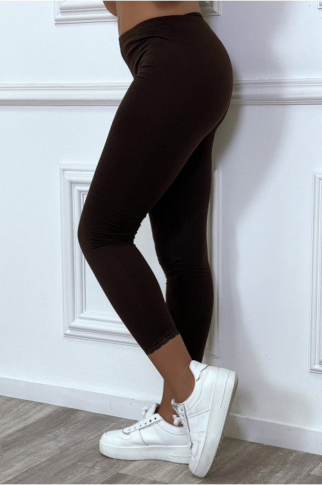 Legging violet avec dentelle aux chevilles