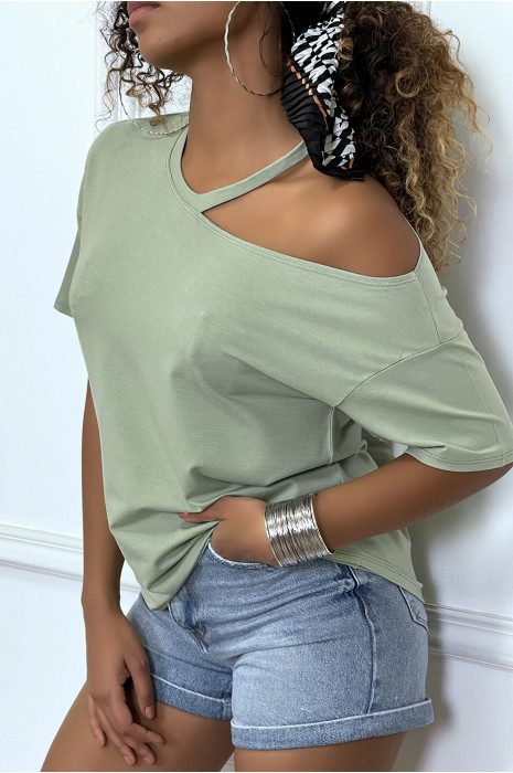 Khaki t-shirt with bare shoulder