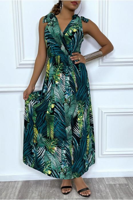 Robe d'été tendance décolleté en V et motif tropical