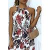 Soepelvallende witte jurk met ronde hals / zwemmerhalslijn met bladmotieven en riem in de taille