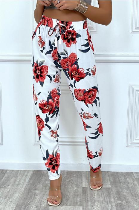 Pantalon fluide blanc avec poches et joli motif fleuris très tendance