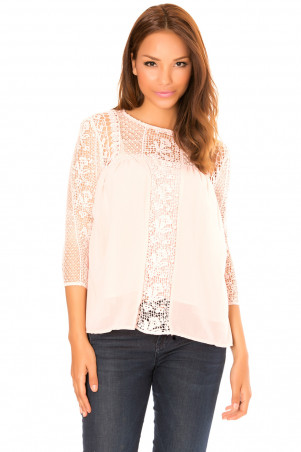 Pink top with 3/4 sleeves, in lace with lining. F2617