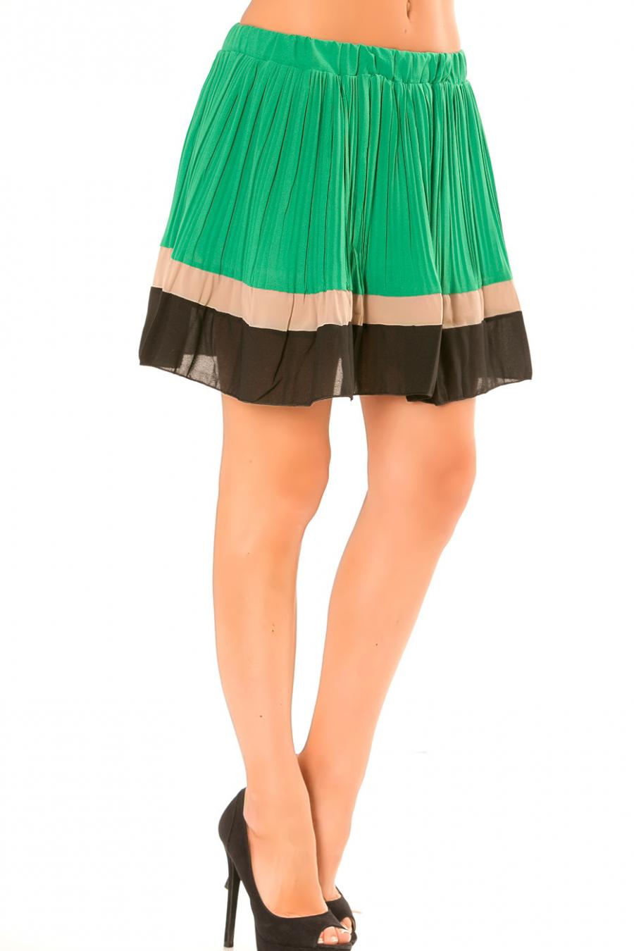 Jupe vert plissé à bordure taupe et noire. 6082