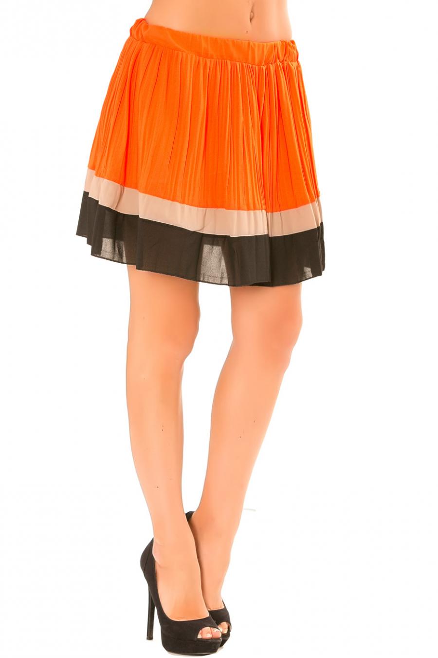 Jupe orange plissé à bordure taupe et noire. 6082
