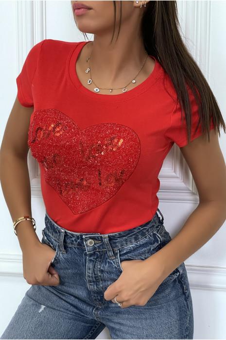 Tee-shirt rouge avec coeur et inscription love pailleté
