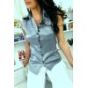Chemise grise sans manches avec détails brodés style officier 8047