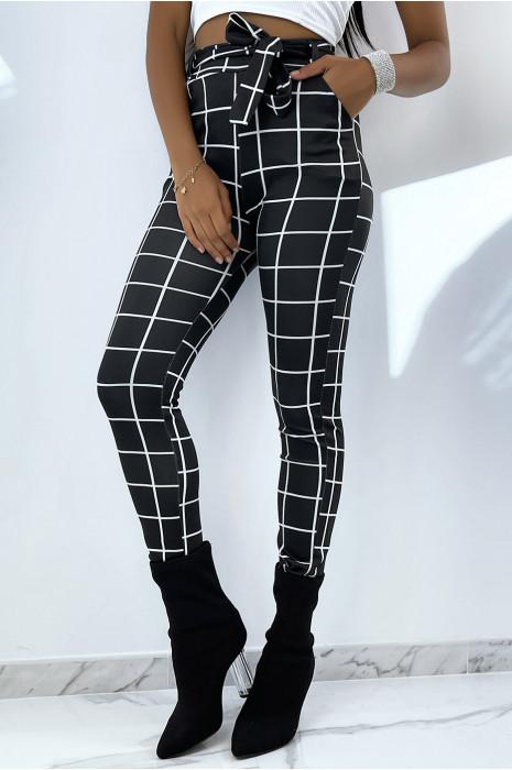Pantalon noir moulant taille haute à carreaux avec ceinture