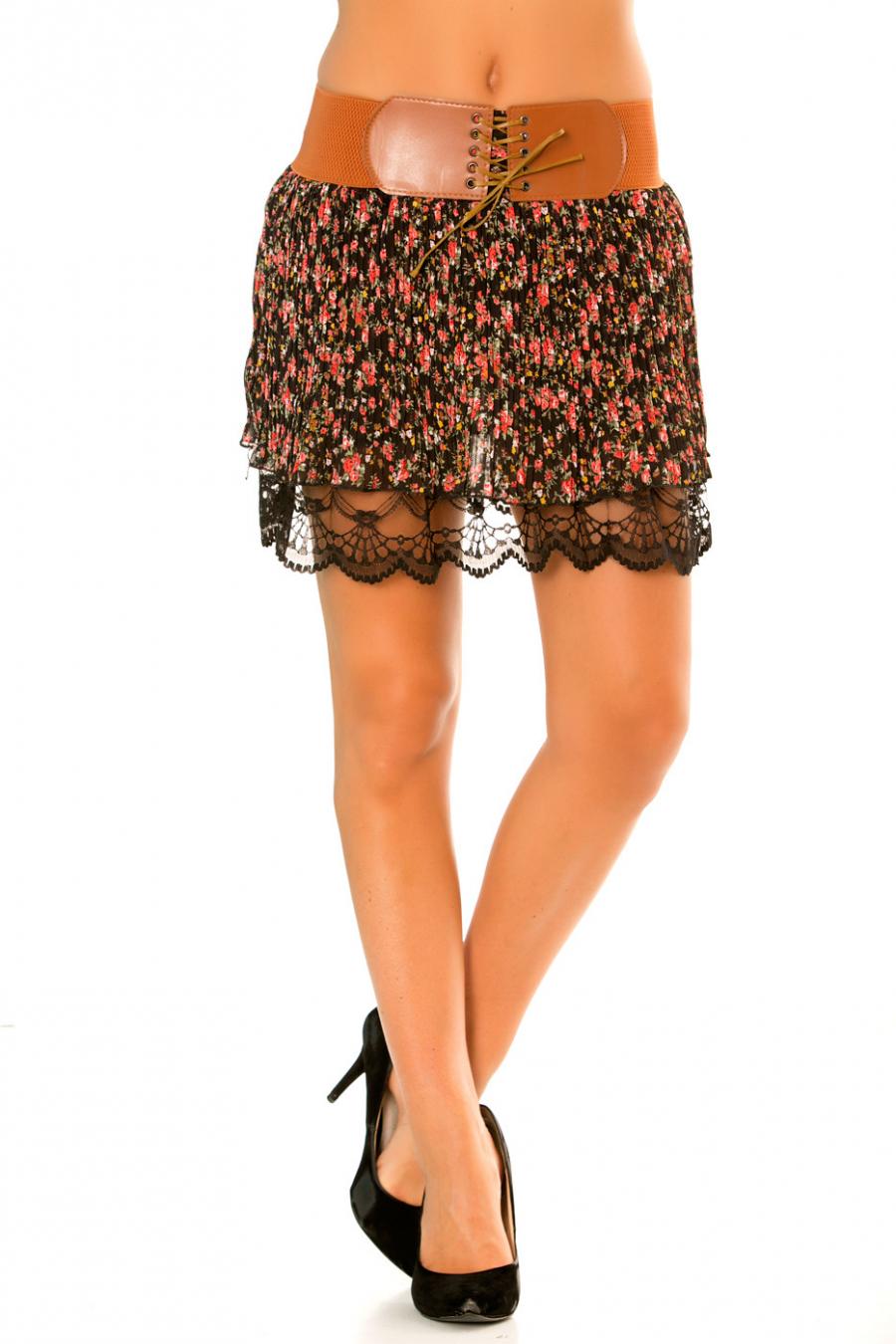 Mini jupe liberty Noir/Rouge plissé avec doublure dentelle et ceinture camel élastique. 626